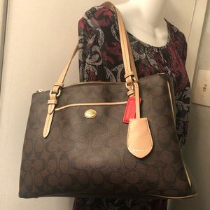 Coach Peyton Double Zip Carryall Handbag